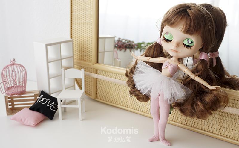 Blythe Midori Panda ballet 6